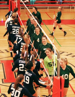 volleyball-east-west